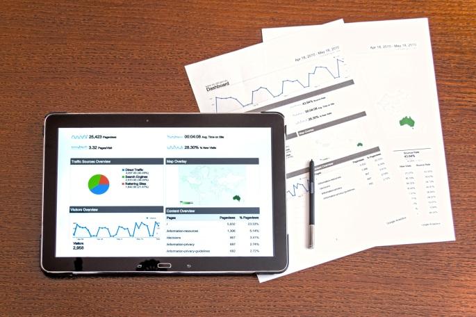 analysis-analytics-business-chart-charts-computer-1366141-pxhere.com